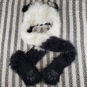 Panda Faux Fur Snood Hot Topic NWT